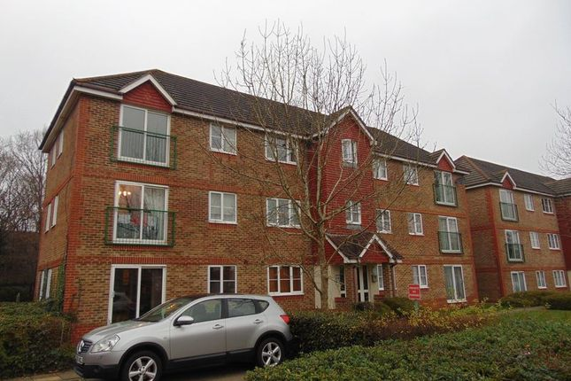 Thumbnail Flat to rent in Fenchurch Road, Maidenbower, Crawley
