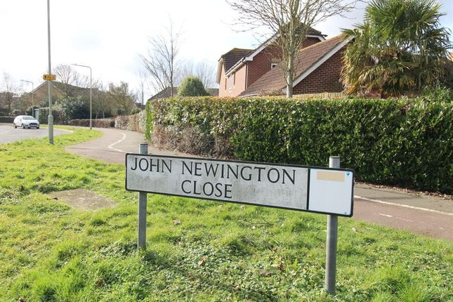 Thumbnail Room to rent in John Newington Close, Kennington, Ashford