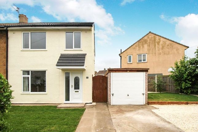3 bed semi-detached house to rent in Oakdene, New Rossington, Doncaster DN11