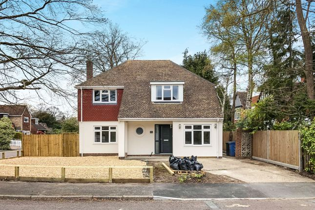 Thumbnail Detached house to rent in Rushmoor Close, Fleet