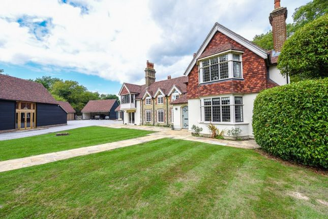 Thumbnail Detached house to rent in Knowle Lane, Cranleigh