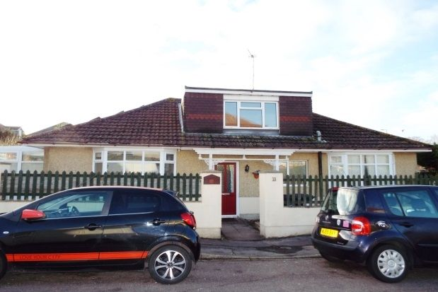 Thumbnail Bungalow to rent in Beatty Road, Bournemouth
