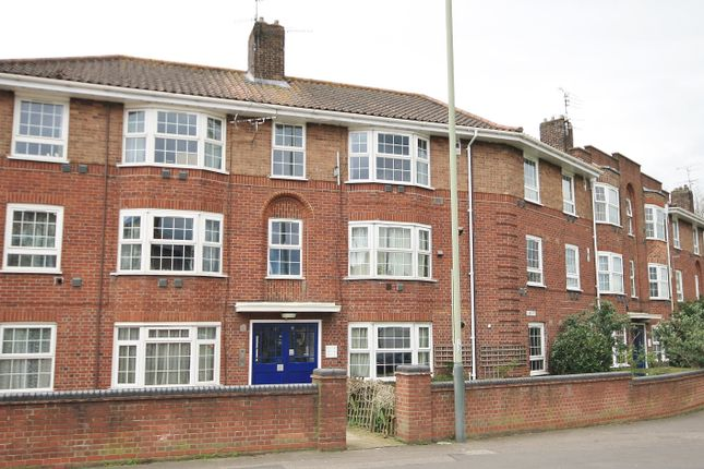 Thumbnail Property to rent in Charlton Road, Norwich