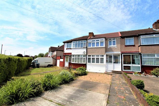 Thumbnail Terraced house for sale in Dean Drive, Stanmore
