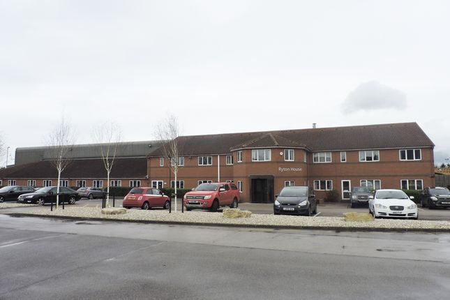 Thumbnail Office to let in Blyth Road, Doncaster