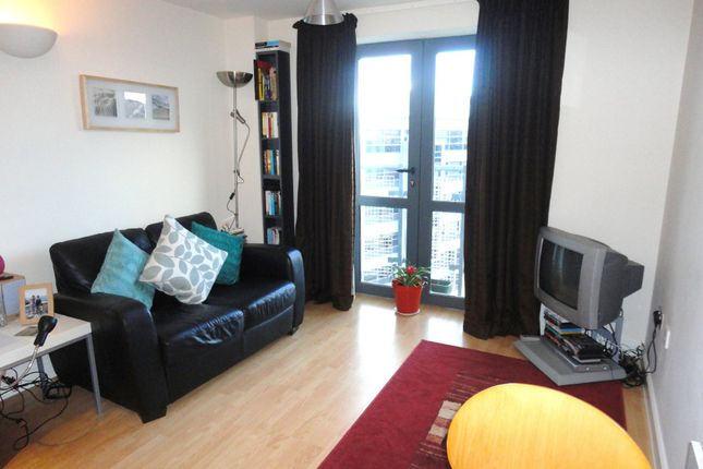 Thumbnail Flat to rent in City Walk, Leeds