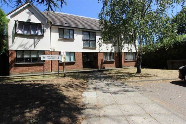 Thumbnail Flat for sale in 97 Barrowell Green, Winchmore Hill, London