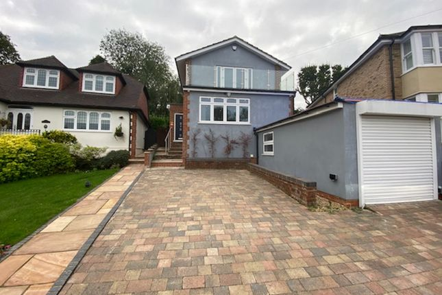 Thumbnail Detached house to rent in Orchard Close, Cuffley, Potters Bar
