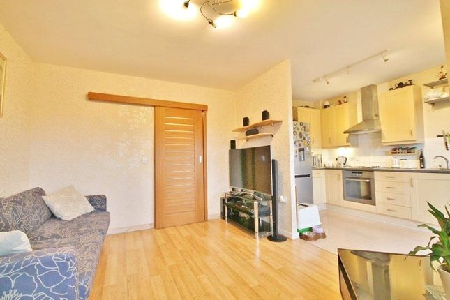 Thumbnail Flat for sale in Edith Court, New Road, Feltham