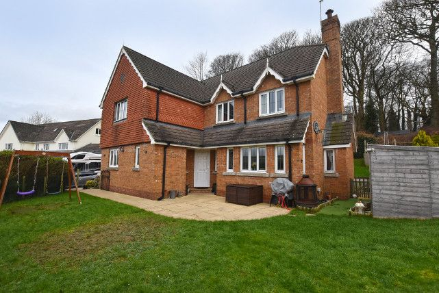 Property for sale in Forest Close, Eyreton Lea, Crosby