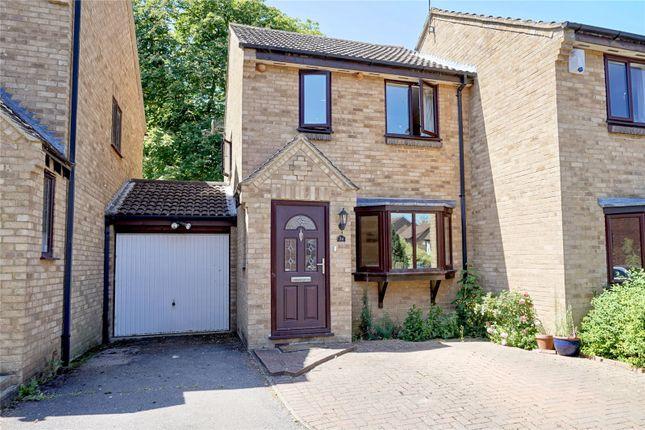 3 bed semi-detached house for sale in Hamden Way, Papworth Everard, Cambridge CB23