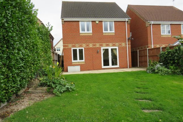 Thumbnail Property to rent in Old Market Close, Acle, Norwich