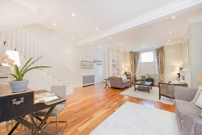 Thumbnail Property for sale in Brynmaer Road, Battersea, London