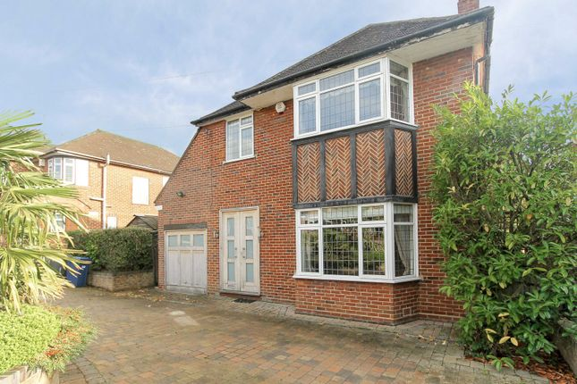 Detached house to rent in Blackwell Gardens, Edgware