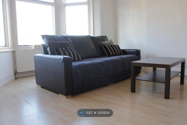 Thumbnail Flat to rent in Bounds Green, London