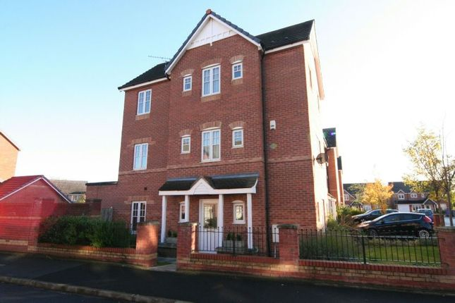Thumbnail Town house to rent in Welman Way, Altrincham
