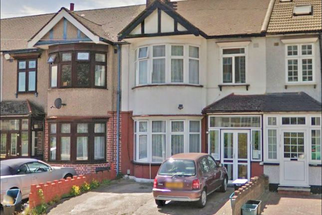 Thumbnail Terraced house for sale in Beehive Lane, Gants Hill