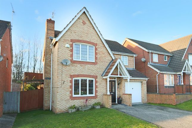 Thumbnail Detached house for sale in Fairway Drive, Carlton, Nottingham