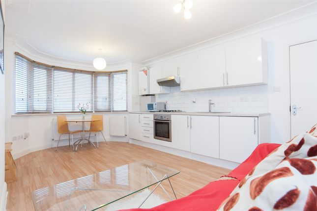 Thumbnail Flat for sale in Highfield Avenue, London