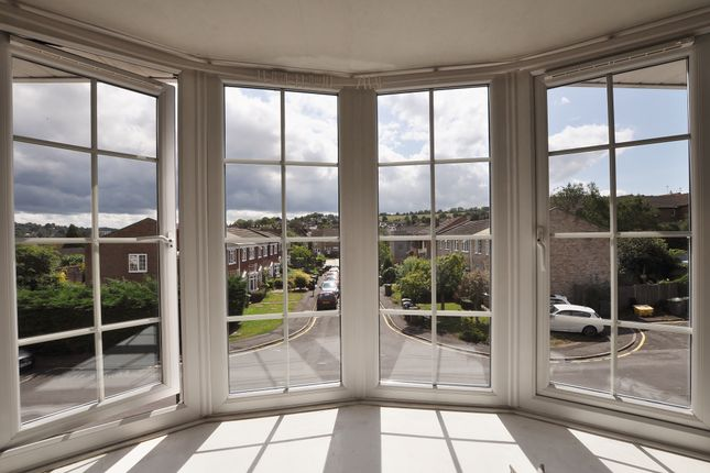 Thumbnail Terraced house to rent in Lynwood, Guildford