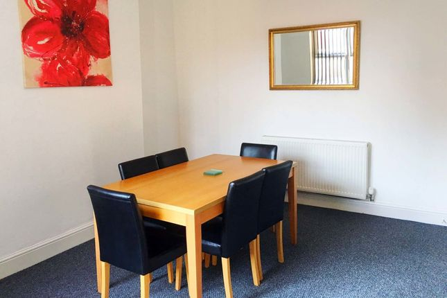 Thumbnail Flat to rent in Firs Lane, Leigh