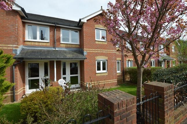 Thumbnail Property for sale in Willow Court, Alton, Hampshire