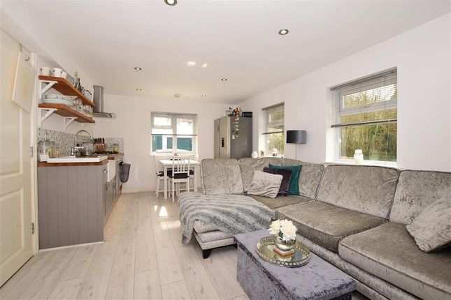 Thumbnail Maisonette for sale in Station Approach, Chipstead, Coulsdon, Surrey