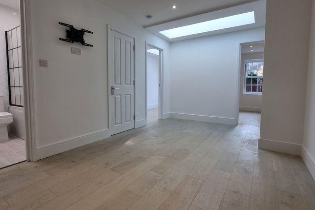 Thumbnail Flat to rent in Green Street, Upton Park, Plaistow