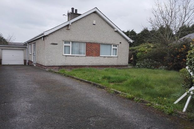 Thumbnail Bungalow to rent in Cae Cilmelyn, Penrhosgarnedd, Bangor