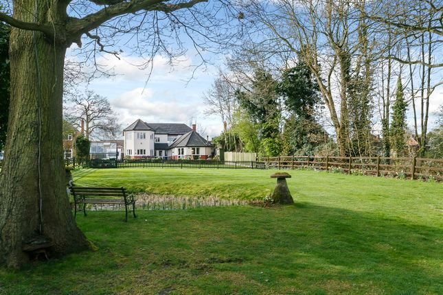 Thumbnail Detached house for sale in Rugby Road, Binley Woods, Warwickshire