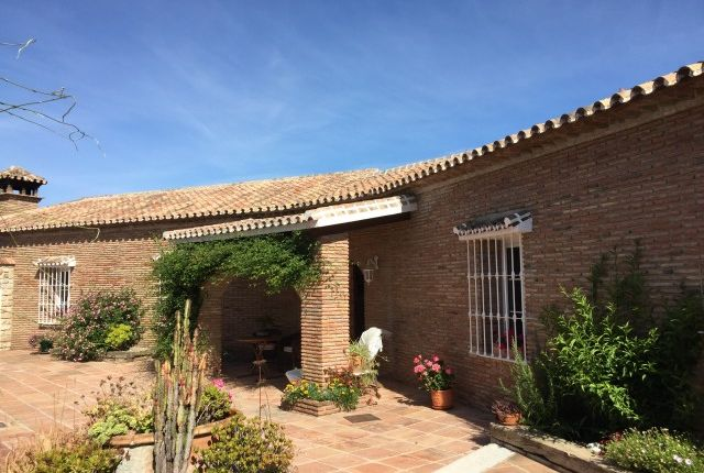 4 bed finca for sale in Spain, Málaga, Alhaurín De La Torre