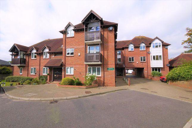 Thumbnail Flat to rent in North Court, Summerfields, Ingatestone