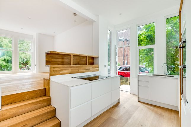 Maisonette for sale in Stanthorpe Close, Stanthorpe Road, London