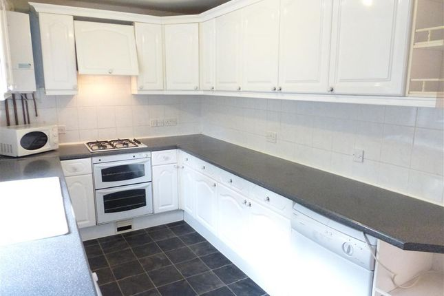 Thumbnail Flat to rent in Queen Street, Bedford