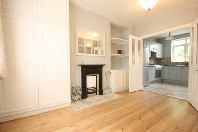 Thumbnail Semi-detached house for sale in Roman Rise, London