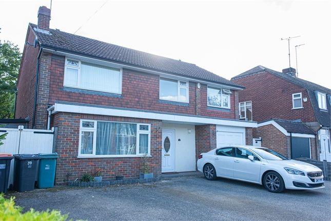Thumbnail Detached house for sale in Kingscroft Avenue, Dunstable, Bedfordshire