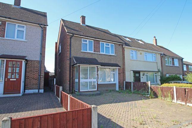 Thumbnail Terraced house for sale in Plough Rise, Cranham, Upminster