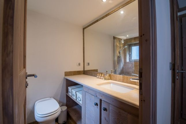 Apartment for sale in Courchevel 1850, French Alps, France