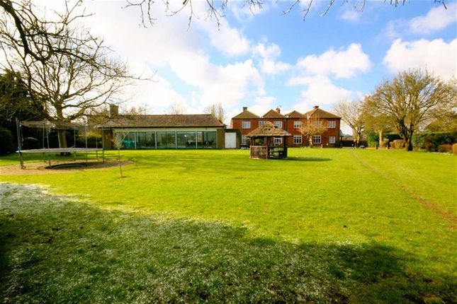 Thumbnail Property for sale in Barnes Lane, Kings Langley
