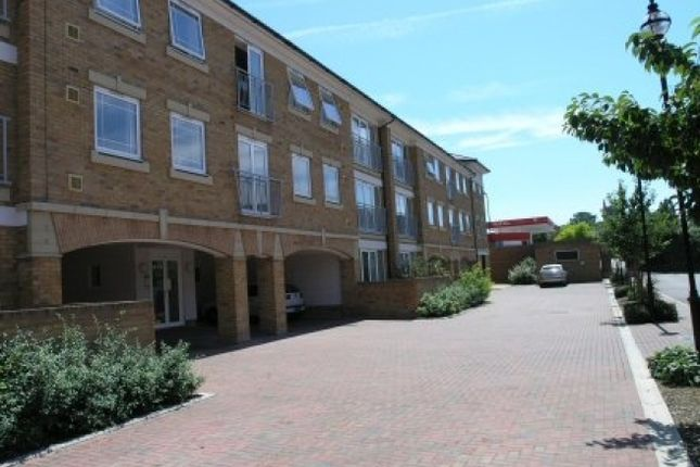 Thumbnail Flat to rent in Commissioners Court, New Stairs, Chatham, Kent