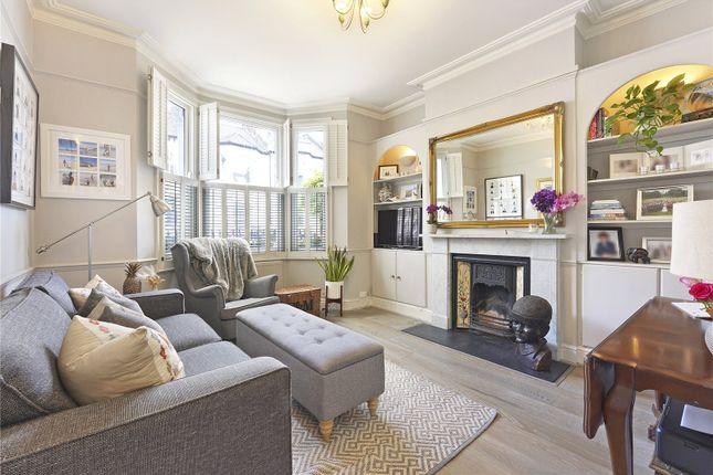 2 bed flat for sale in Leathwaite Road, London SW11