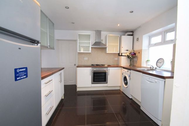 Thumbnail Terraced house to rent in Augusta Street, Roath, Cardiff