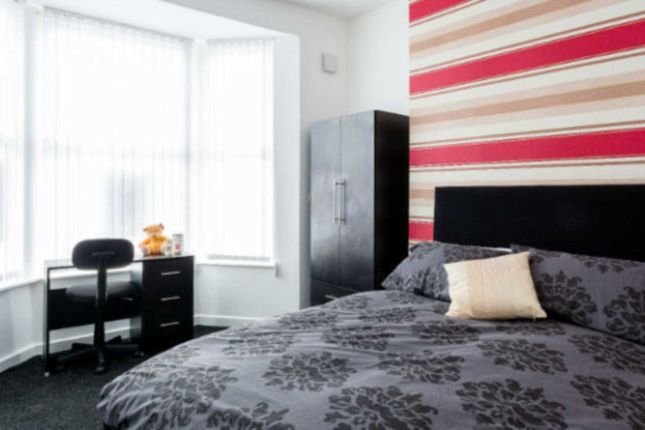 Thumbnail Shared accommodation to rent in Horsham Street, Salford