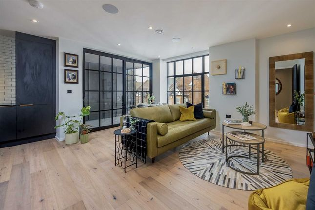 Thumbnail Flat for sale in Harrow Road, London
