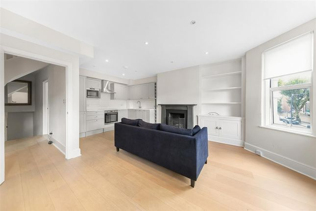 Thumbnail Flat to rent in Hartland Road, London