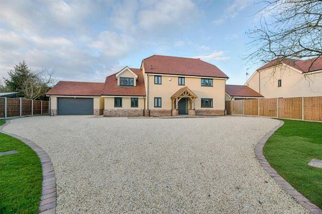 Thumbnail Property for sale in Hoe Lane, Nazeing, Waltham Abbey