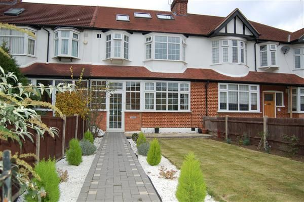 Thumbnail Terraced house to rent in Buckleigh Avenue, London