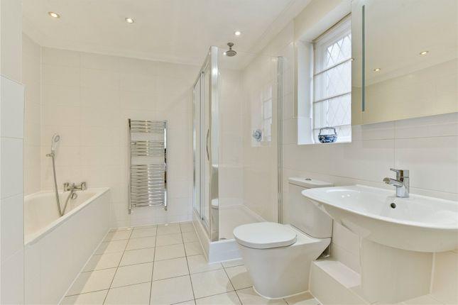 Master En Suite of Hall Place Drive, Weybridge, Surrey KT13