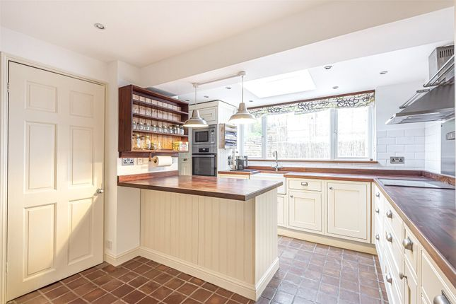 Thumbnail Detached house for sale in Stourbridge Road, Kidderminster, Worcestershire