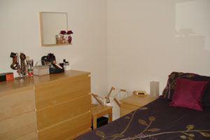 Bedroom of Woodpecker Mount, Pixton Way, Croydon CR0